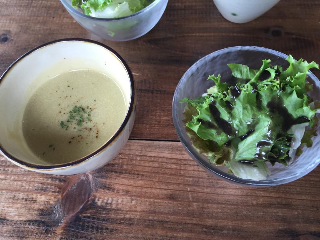カフェ スバコの前菜とスープ