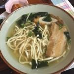 浦添の有名な沖縄食堂「とん吉食堂」