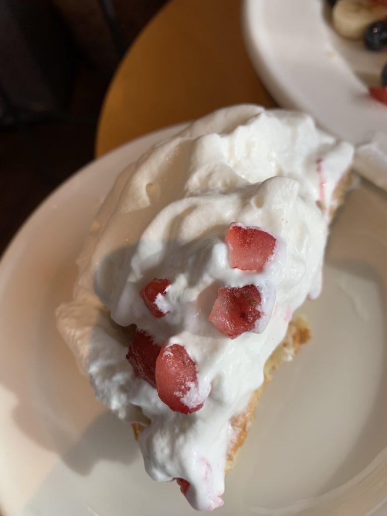 クライマックスコーヒーのマウンテンフラッシュフルーツパンケーキ